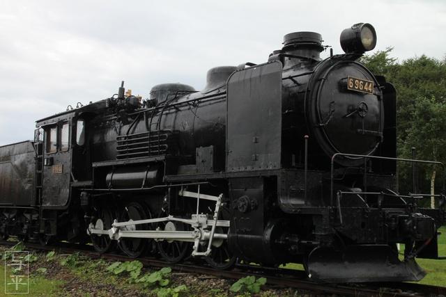 カニ爪オブジェ・大山スカイタワー・オホーツクタワー・ガリンコ号II・キューロク・9600型蒸気機関車