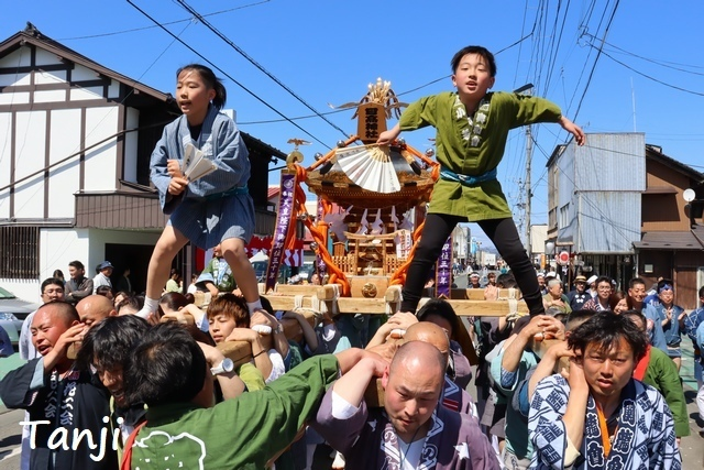 05 日高火防祭 HitakaHibuseMatsuriFestival 岩手県奥州清水沢.jpg