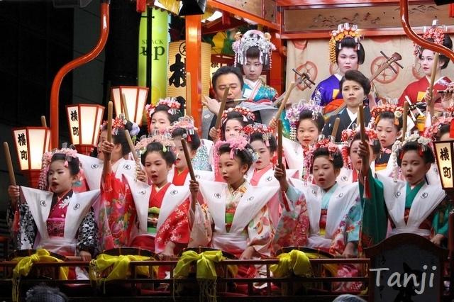 08 日高火防祭 HitakaHibuseMatsuriFestival 岩手県奥州清水沢.jpg