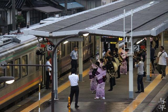 おわら風の盆・越中八尾駅