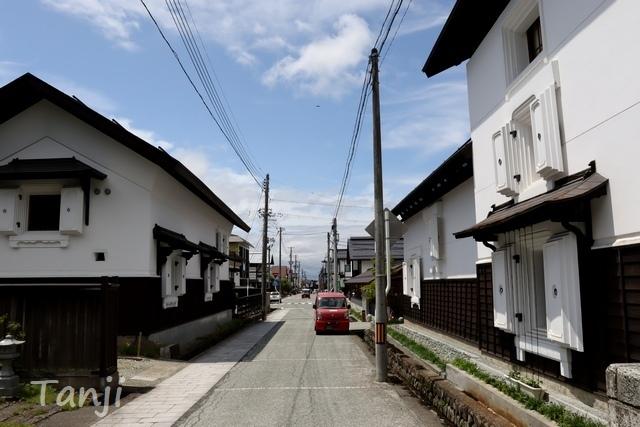 25 96 山形県金山町、金山の町並み、大堰、画像  Yamagata Kaneyama.jpg